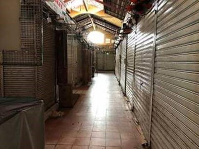 画像: 個人経営の為、約6割程のお店が閉店してしまっており市場内は寂しい状況です。(現地スタッフ撮影)