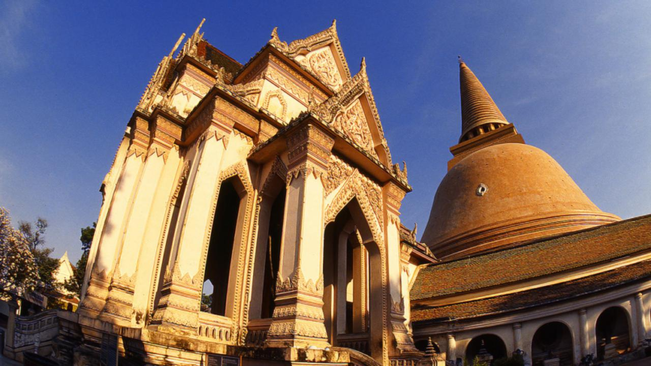 画像: プラ・パトム・チェディ/世界最大の仏塔(写真提供:タイ国政府観光庁)