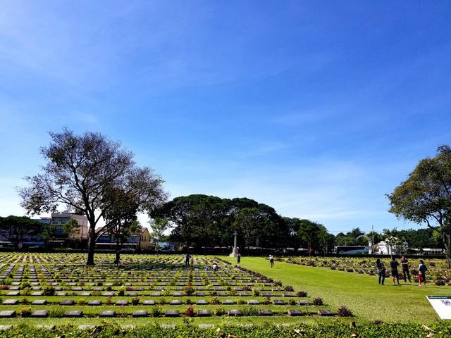 画像: 連合軍共同墓地(2017年11月弊社スタッフ撮影)