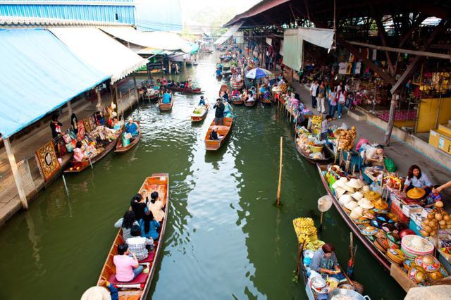 画像2: ダムナンサドゥアク水上マーケット(写真提供:タイ国政府観光庁)