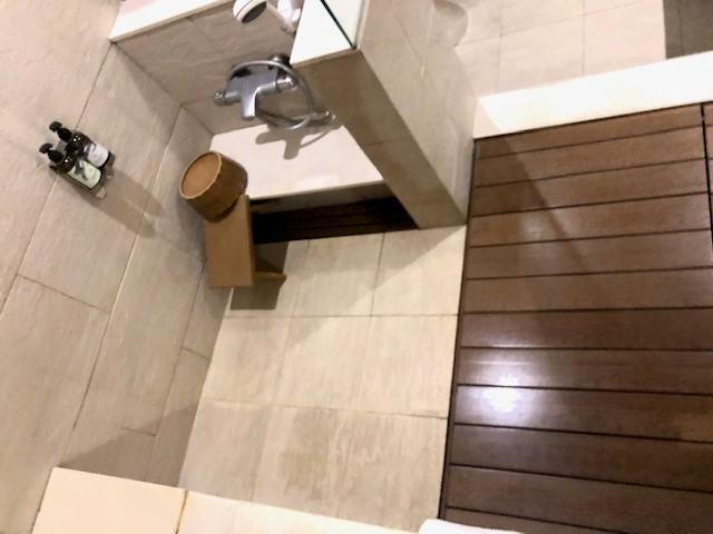画像: 客室温泉の洗い場/水野撮影(イメージ)