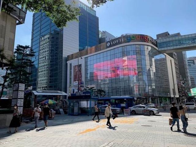 画像: ロッテマート/提供:現地手配会社「韓進観光」(2020年9月4日撮影) 普段は買い物客で賑わうロッテマートは、一時的に営業時間を短縮しておりましたが、現在は通常営業に戻っております。