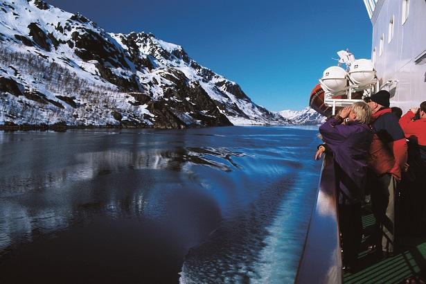 画像: K2900-1『【沿岸急行船フッティルーテン】オーロラ観賞と白銀のフィヨルド北極圏クルーズ10日間』<11月27日催行決定〉|クラブツーリズム