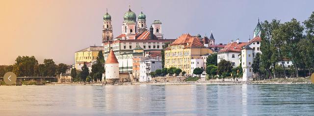 画像: パッサウ(イメージ) www.lueftner-cruises.com