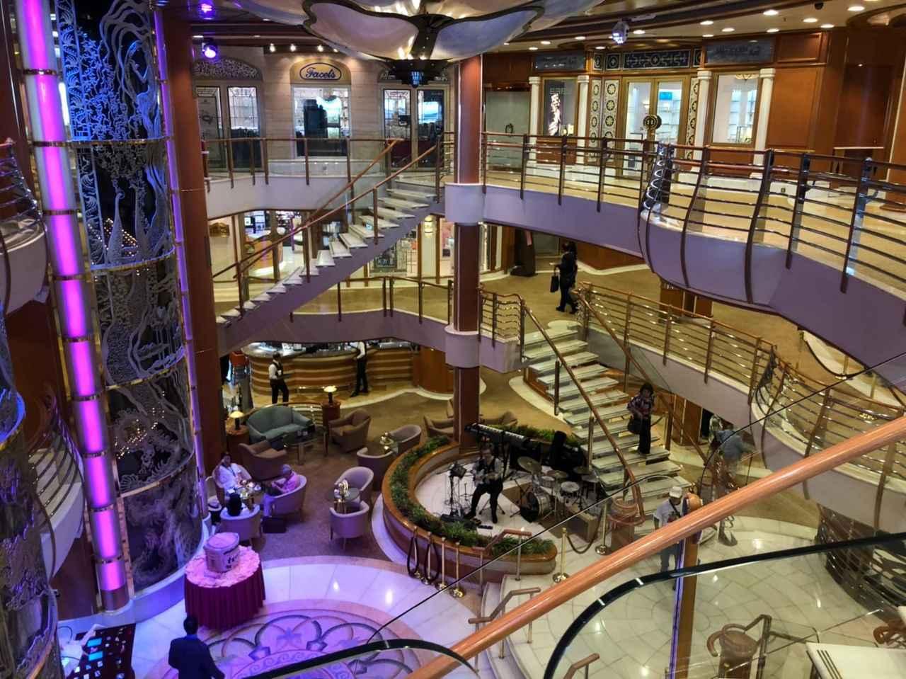 画像: 船の中心部分となる5階~7階まで吹き抜けのアトリウム(イメージ)