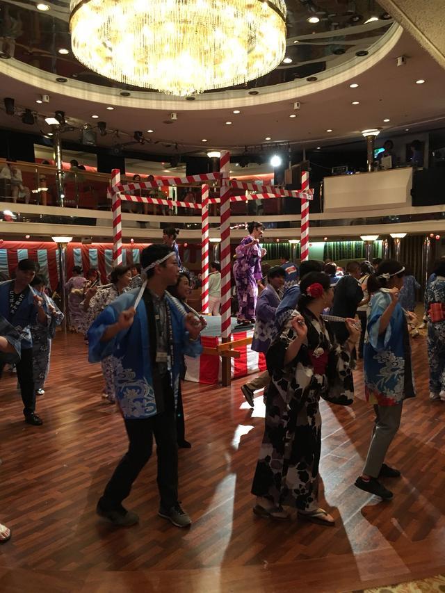 画像: 盆踊り/丸山撮影