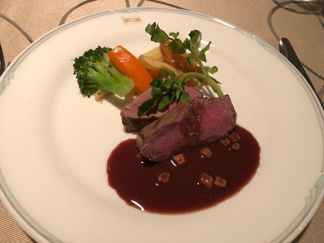 画像: お肉料理/大脇撮影