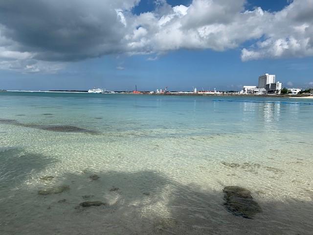 画像: 宮古島 パイナガマビーチ(撮影 宮内)