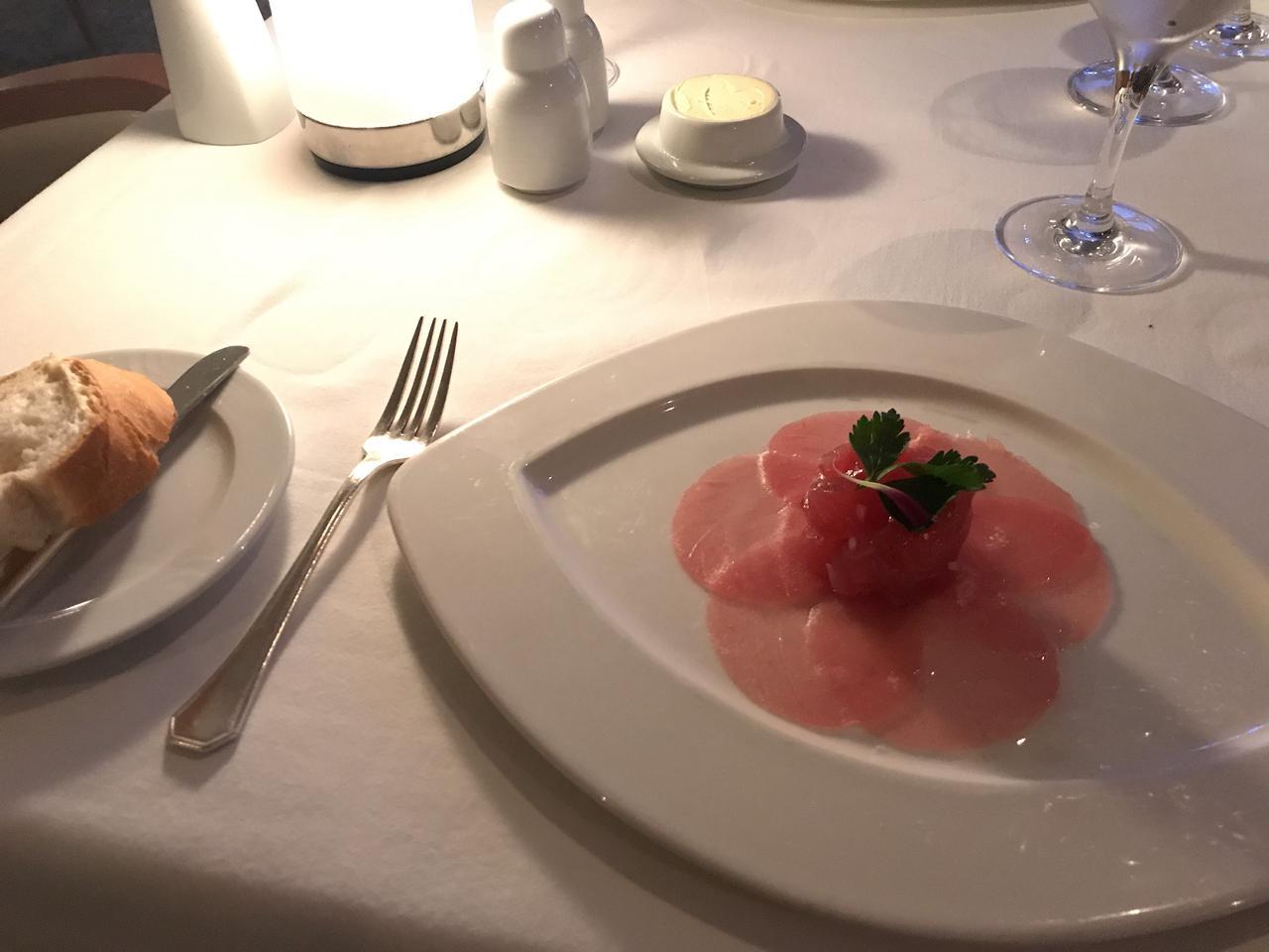 画像: ラ・ベランダの食事(イメージ:田邊撮影)