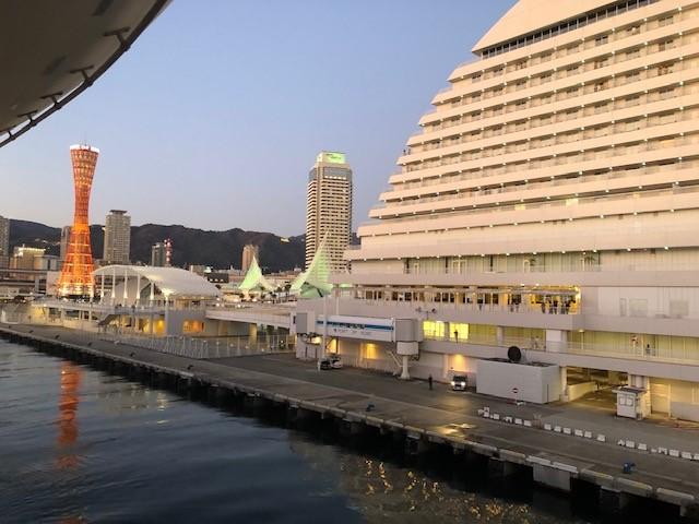 画像: 神戸港中突堤ターミナルからの景色/弊社スタッフ撮影