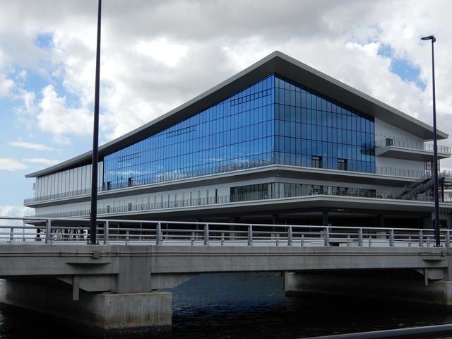 画像2: 東京国際クルーズターミナル(弊社スタッフ撮影)