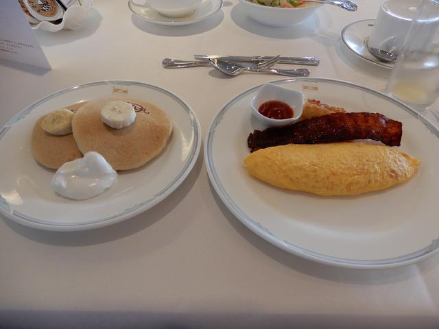画像: 朝食(筆者撮影)