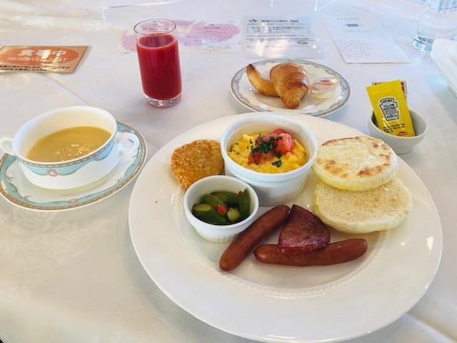 画像: 朝食・洋食(筆者撮影)