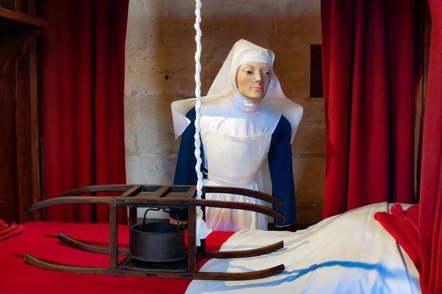 画像: オテル・デューの人形模型(イメージ)