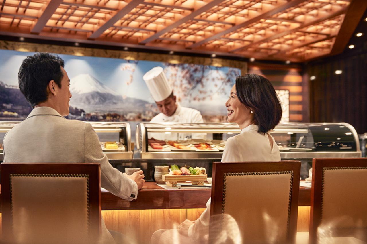 画像1: 寿司レストランでの食事(イメージ)