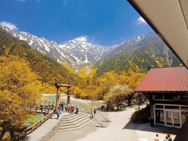 画像: 「五千尺ホテル」貸切 上高地で過ごす秋の休日2日間|クラブツーリズム