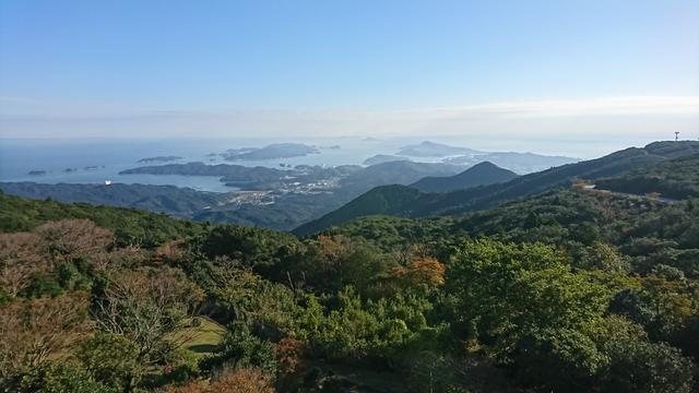 画像: 山頂展望台からの景色