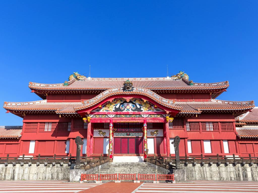 画像: 『首里城「新春の宴」と琉球八社「第一の神社」で初詣 6つの聖地で琉球の神々に巡り逢う4日間』<四季の華>年末年始出発 クラブツーリズム