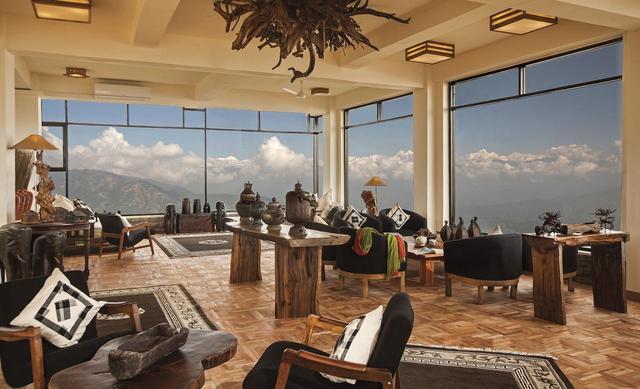 画像: ヒマラヤを展望するリゾートホテル「ドゥリケル・ドゥワリカ」