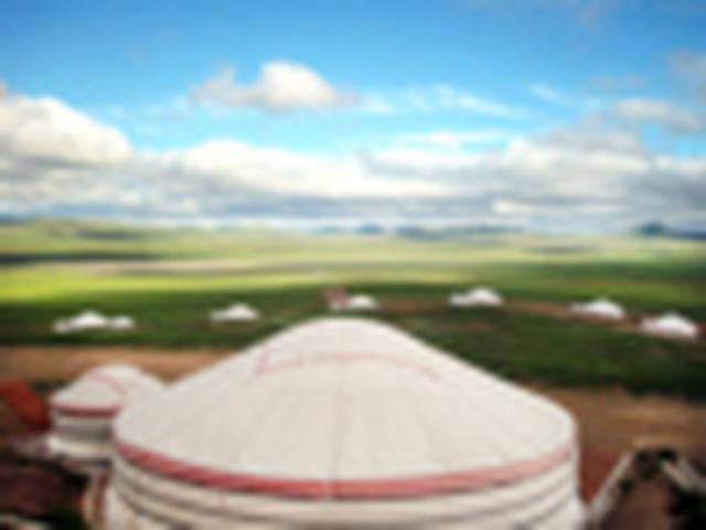 画像: 『エコノミークラス往復直行便利用 HSハーン・リゾートに2連泊 異文化体験と非日常の時を味わうモンゴル大自然紀行5日間』<ロイヤル・グランステージ>|クラブツーリズム
