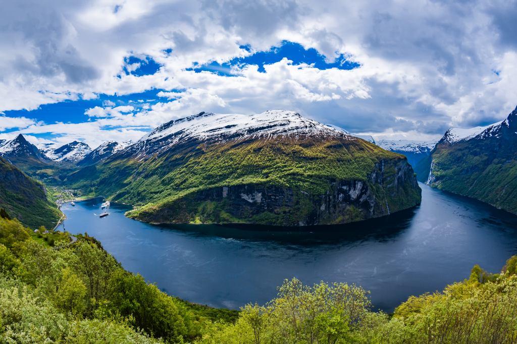 画像: 『ビジネスクラス利用(羽田~コペンハーゲン間)/北欧の心癒される絶景を求めて ノルウェーフィヨルド満喫9日間』<ロイヤル・グランステージ>|クラブツーリズム