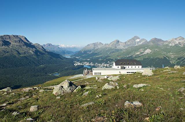 画像: 『ANAビジネスクラス利用(羽田~ミラノ間)山岳ホテルで巡る 夏のスイス10日間』<ロイヤル・グランステージ>|クラブツーリズム