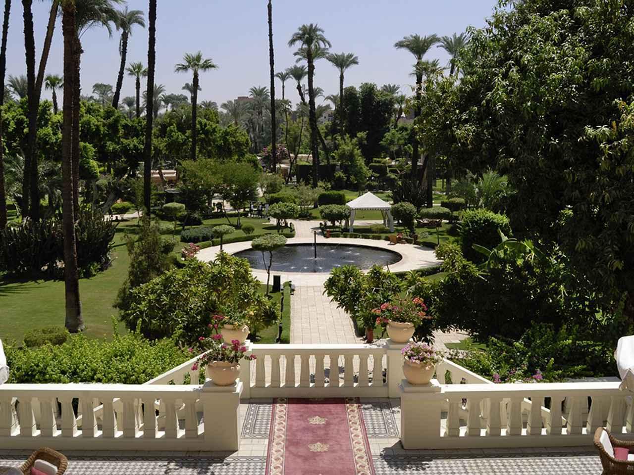 画像: ソフィテル・ウィンターパレスの美しい庭(イメージ)