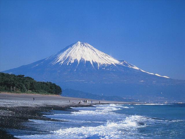 画像: お客様撮影:大阪府在住 西田澄子様の作品(三保の松原からの富士山) タイトルバックに使用させていただきました