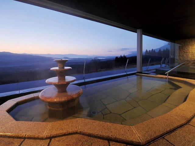 画像: 大浴場露天風呂と眺望(イメージ)