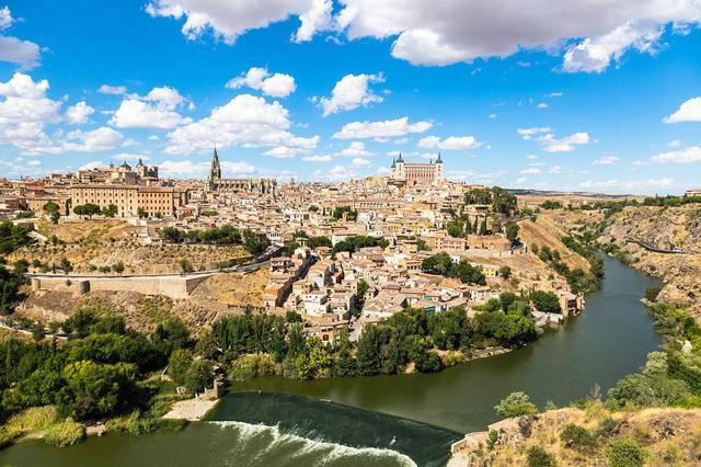 画像: 『ビジネスクラス利用(成田~マドリッド/バルセロナ~羽田間)世界遺産とバスク地方 年末年始に行くスペイン8日間』<ロイヤル・グランステージ>|クラブツーリズム