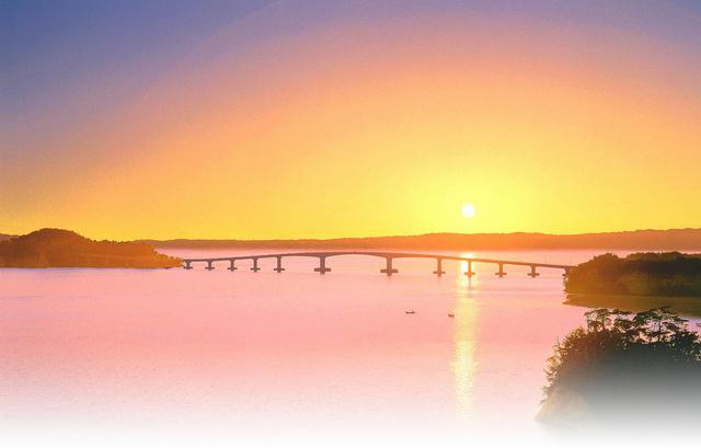 画像: (夕陽に染まる能登大橋イメージ)