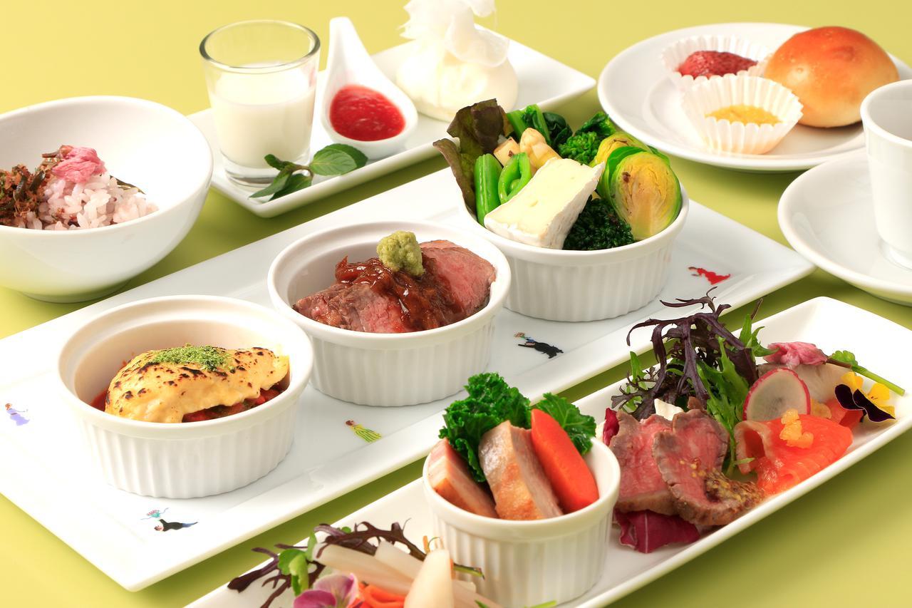 画像: 洋食コースのお食事