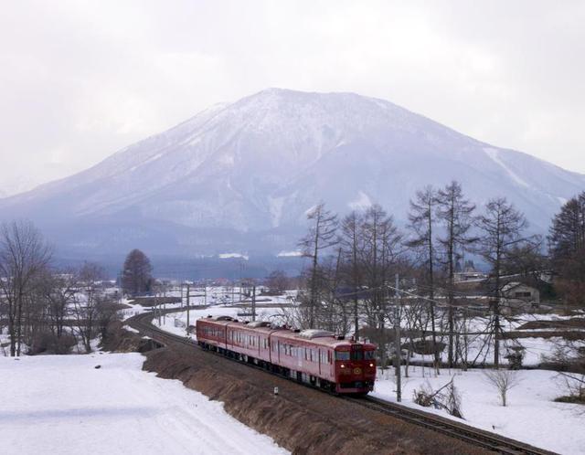 画像: 『「ろくもん」と「ワインバレー列車」で行く しなの列車旅2日間』<四季の華/GoToトラベル事業支援対象/19名様以下>|クラブツーリズム