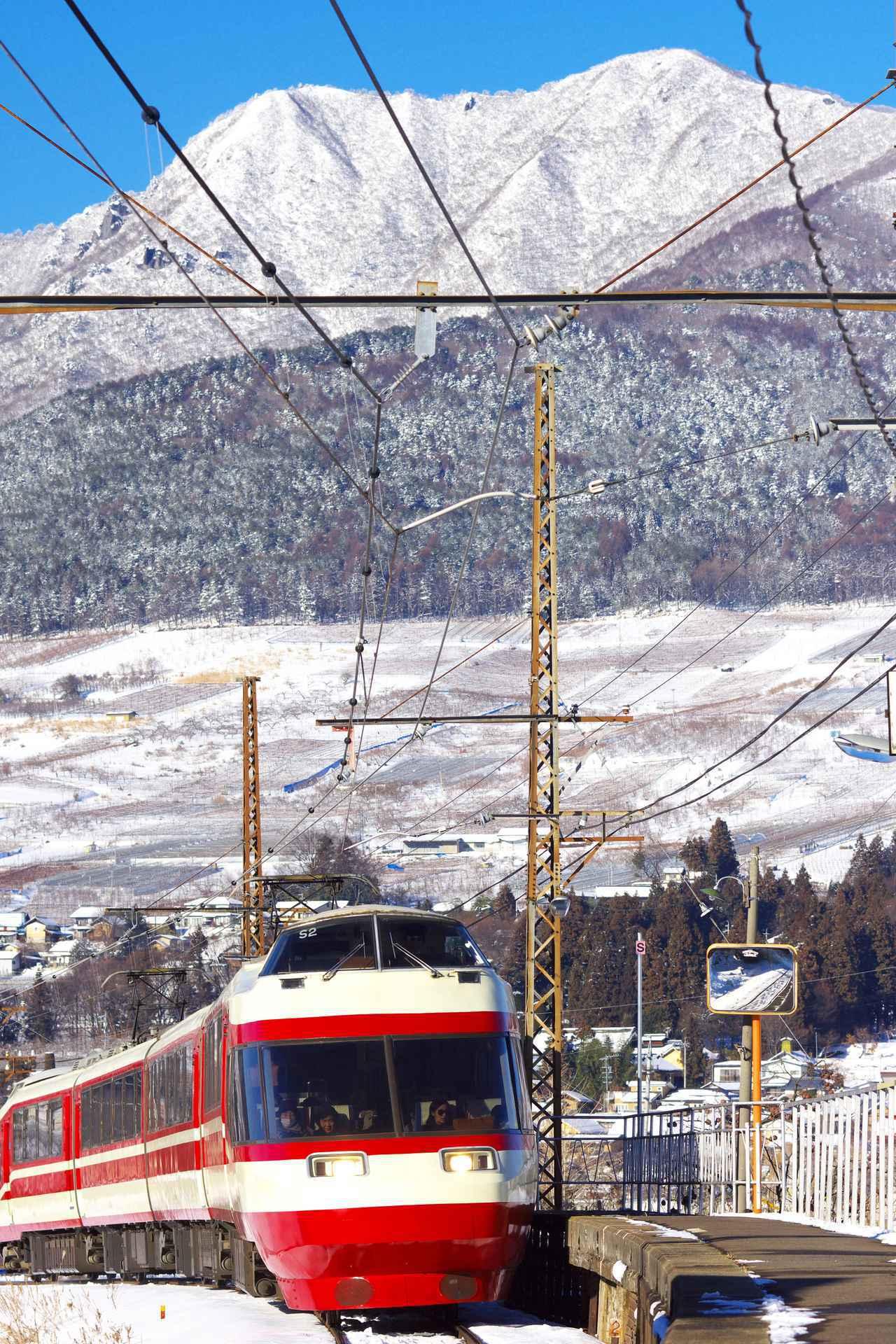 画像: 長野電鉄「ワインバレー列車」