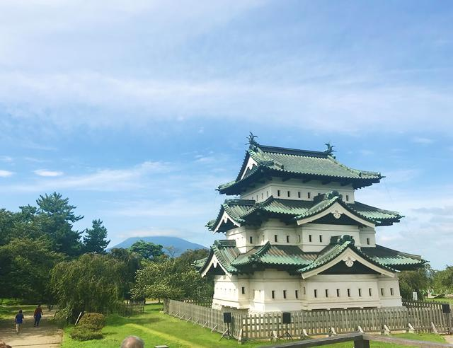 画像: 弘前城(イメージ/添乗員撮影)