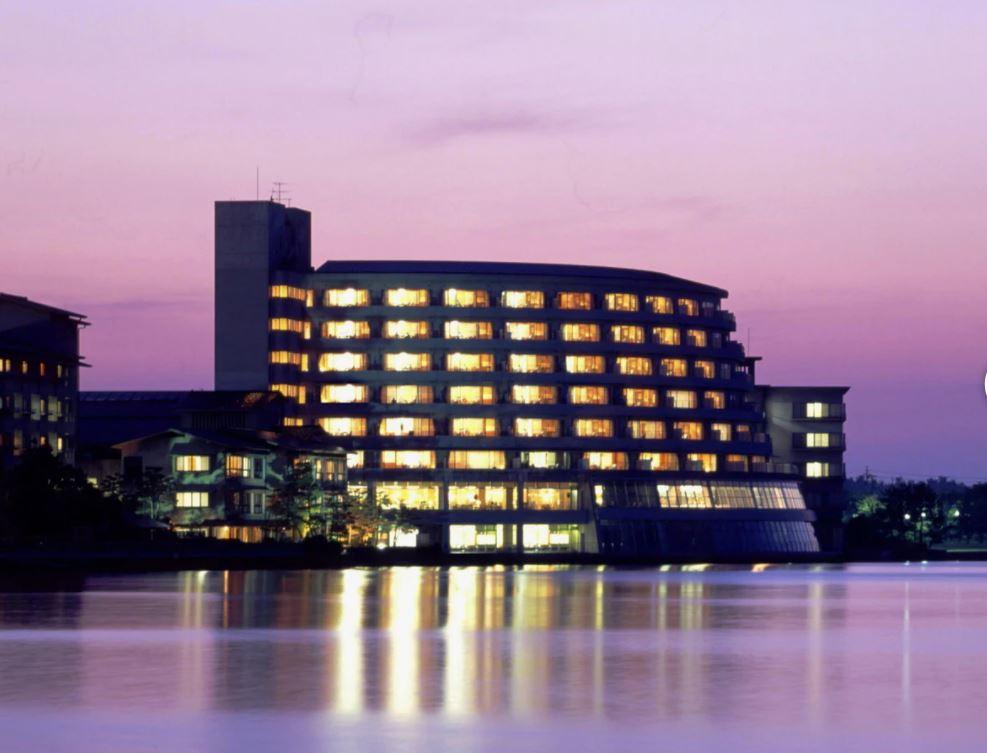 画像: 夕刻の佳水郷(ホテル提供)