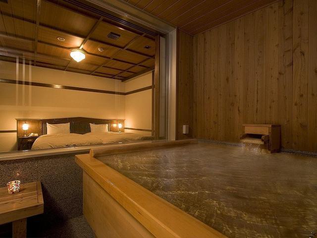 画像: 温泉風呂付客室の一例 (イメージ/画像提供:望楼NOGUCHI函館)