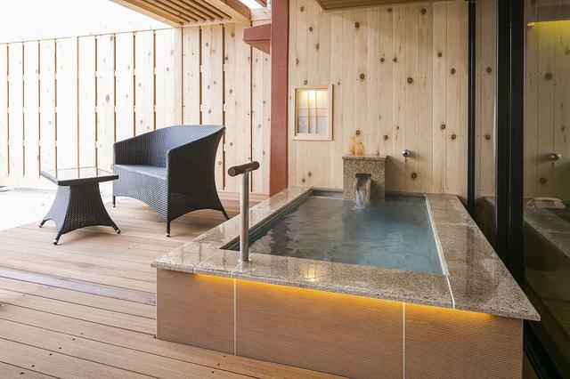 画像: 客室の露天風呂(スタンダードルーム) (イメージ/画像提供:ホテル大観 別邸うらら)