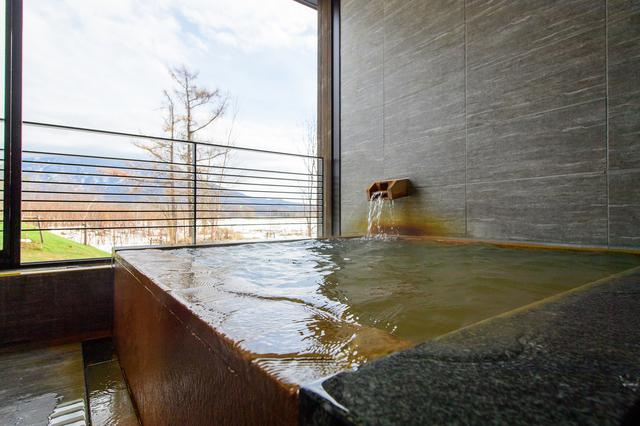 画像: 源泉かけ流しの客室露天風呂(イメージ)