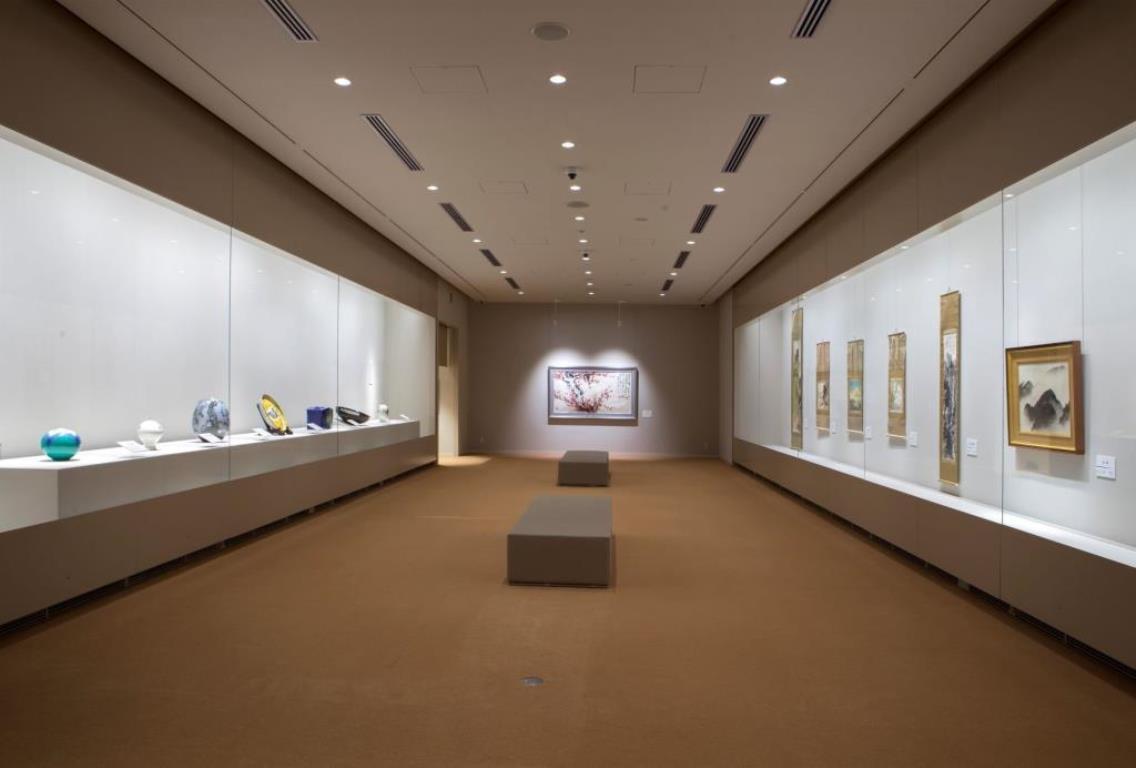 画像: 『往復グランクラス乗車 富山県の文化と美術の世界へ インクルーシブの宿「松乃碧」20時間滞在3日間』<四季の華/19名様以下/バス1人2席利用>|クラブツーリズム