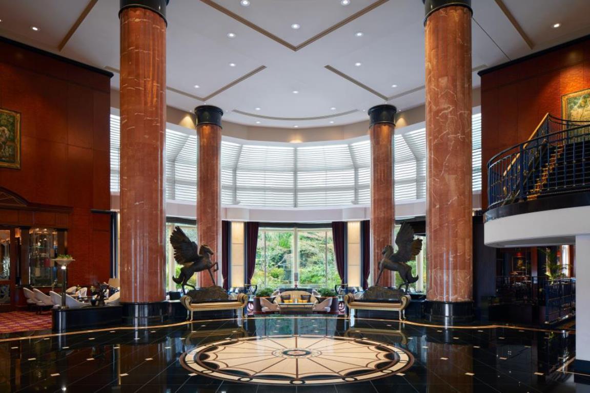 画像: 『横浜ベイシェラトン ホテル&タワーズで選べるディナー ウェスティンホテル東京で過ごすクリスマス2日間』【新宿・東京出発】<四季の華/19名様以下>|クラブツーリズム