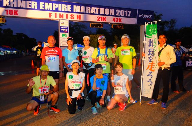 画像2: 8月6日マラソン大会当日 日中暑いアンコールワットエンパイアマラソンは早朝スタート。