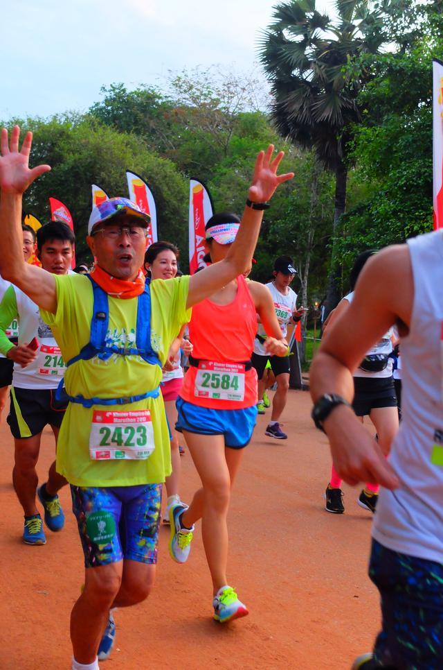 画像2: 【地球を走ろう!】アンコールワットエンパイアフルマラソンツアー大会レポート