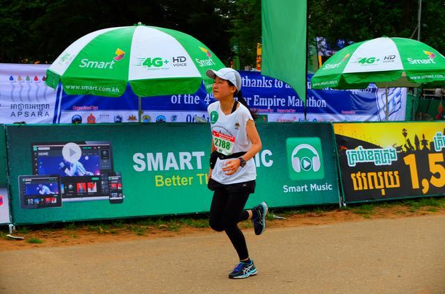 画像7: 8月6日マラソン大会当日 日中暑いアンコールワットエンパイアマラソンは早朝スタート。