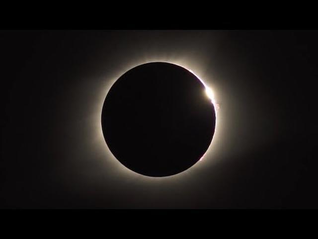 画像: 2017年8月21日 アメリカ横断皆既日食 - Great American Eclipse 2017 (Idaho) www.youtube.com