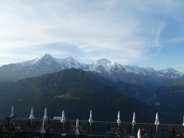 画像: ホテル・シーニゲプラッテより眺めるユングフラウ三山
