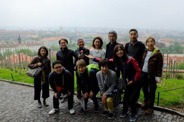 画像7: プラハ城にある聖ヴィート教会から旧市街まで石畳みの中世趣きのある街並み