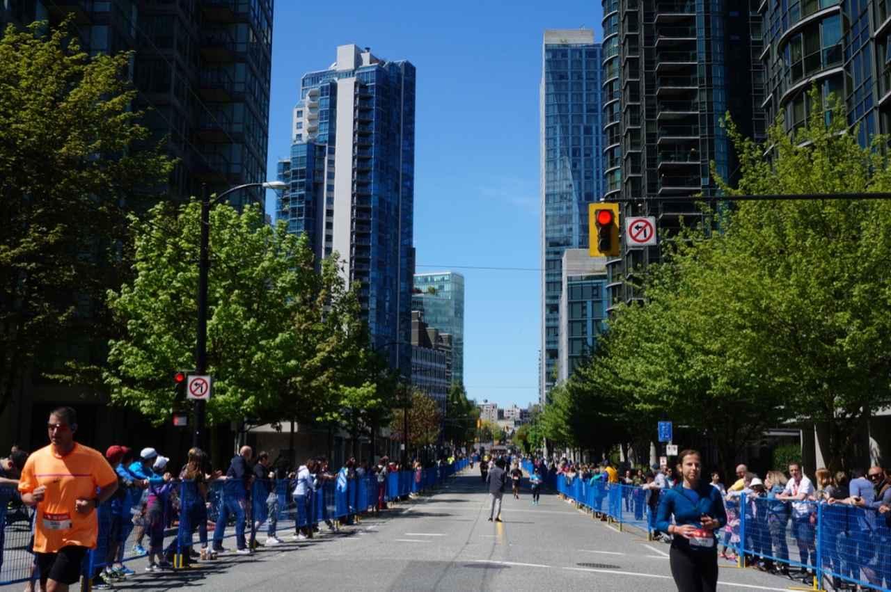 画像10: いよいよマラソン当日!フル・ハーフのスタートはビクトリアパーク