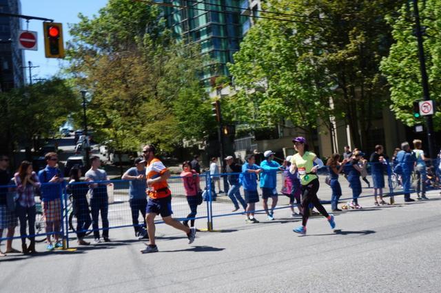 画像9: いよいよマラソン当日!フル・ハーフのスタートはビクトリアパーク