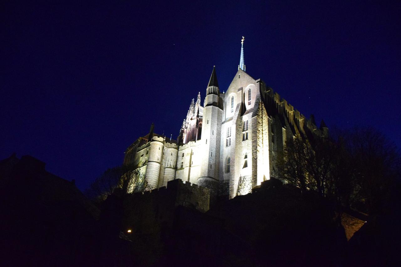 画像6: 世界遺産 モンサンミッシェル修道院へ 島内宿泊なので時、間によって移りゆく美しい姿を満喫